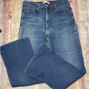 Levi's Perfectly Slimming Boot Cut Jean's size 12
